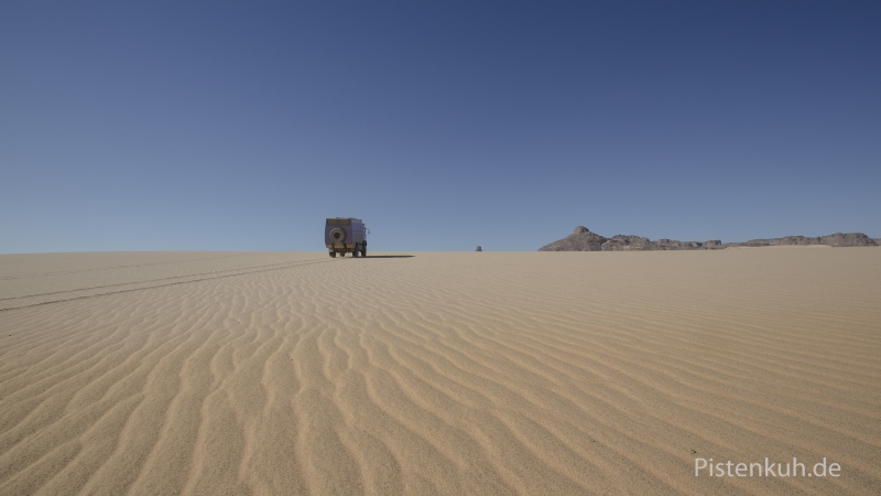 sand-sahara-expeditionsmobil-steyr