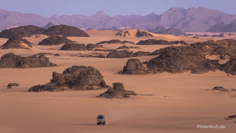 wuestenlandschaft-sahara-afrika