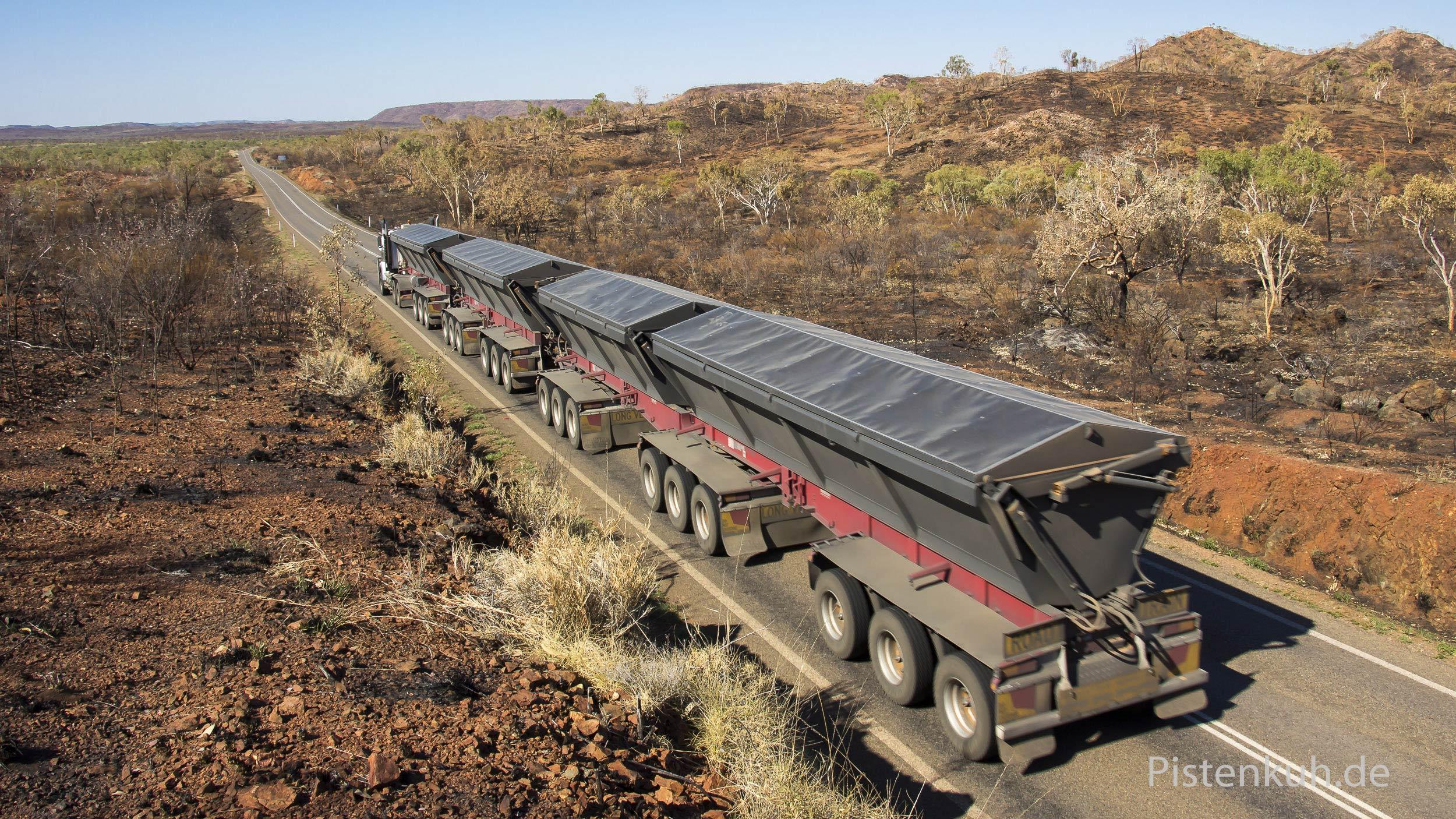 Roadtrain-Australien-BAB-Qu