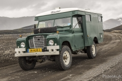 Land-Rover-Expeditionsmobil-Ambulanz