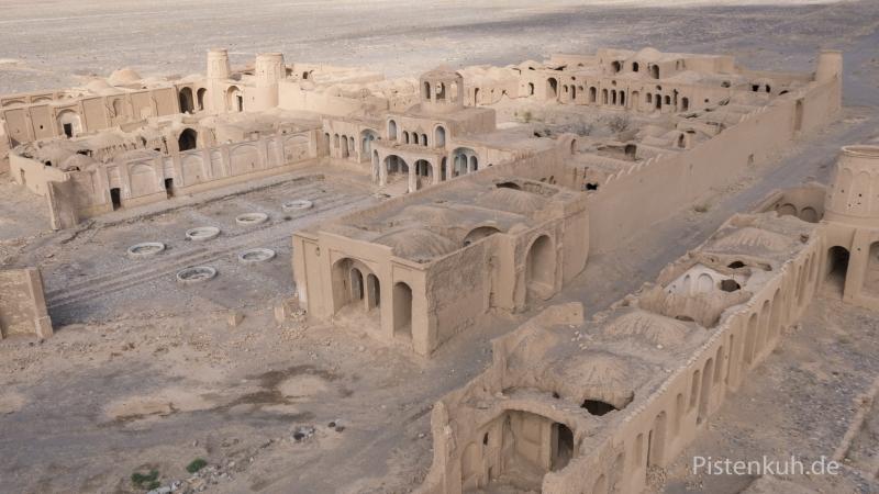 Verlassener-Ort-Geisterstadt-Iran-Luftbild-3