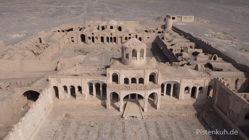 Verlassener-Ort-Geisterstadt-Iran-Luftbild