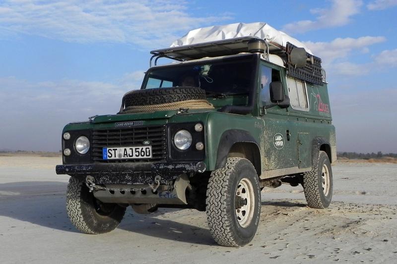 Land-Rover-3
