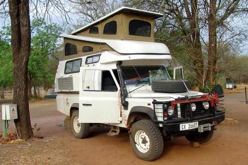 Land-Rover-9