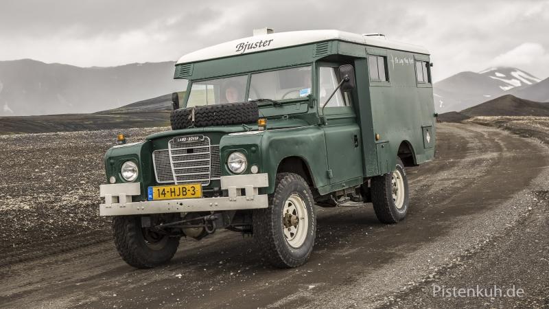 Land-Rover-Expeditionsmobil-Ambulanz