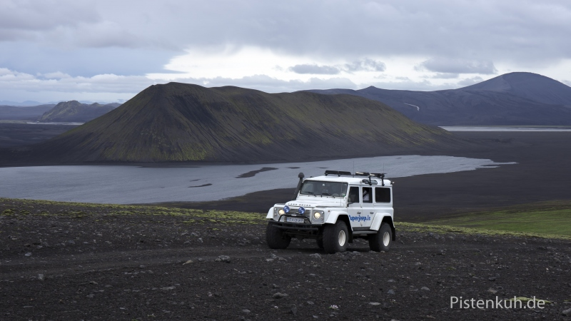 Land-Rover-Island