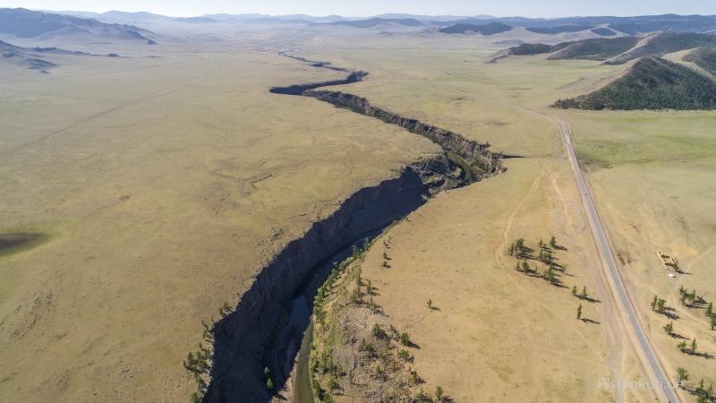 mongolei-shuluu-canyon