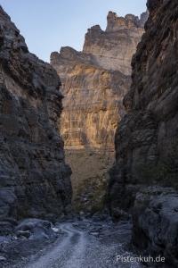 Oman-Wadi-Ghul-2