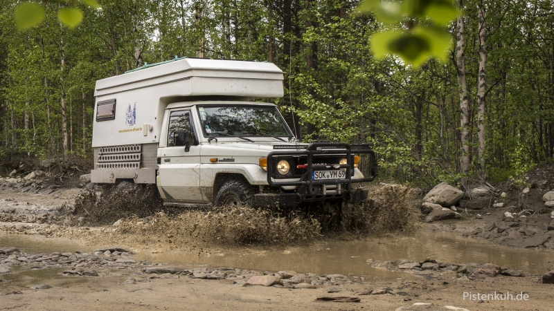 Land Cruiser HZJ Offroad