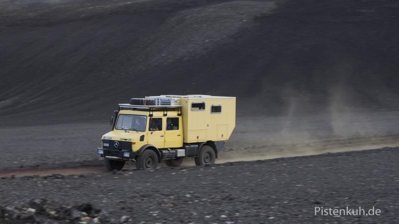 Unimog-Doppelkabine-Expeditionsmobil