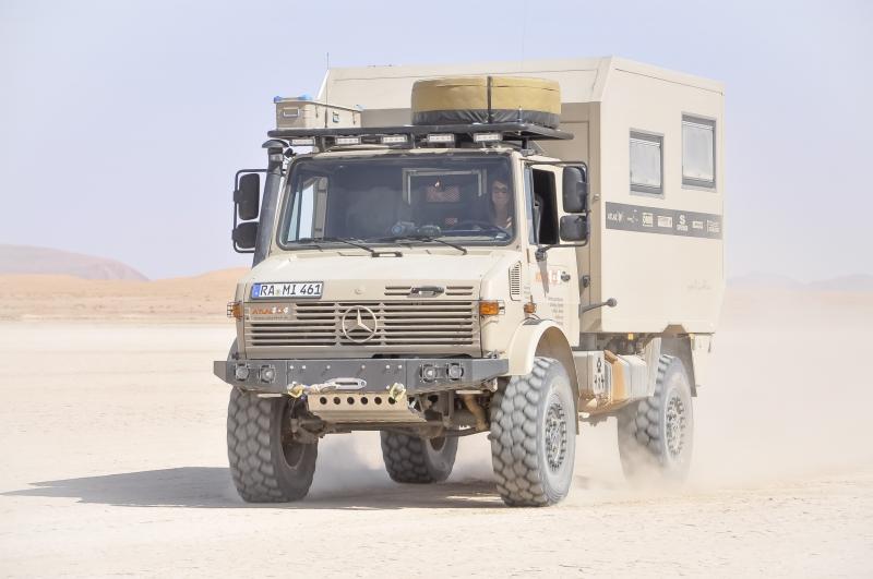 Unimog-U1300-Atlas-4x4-Wuestenmobil