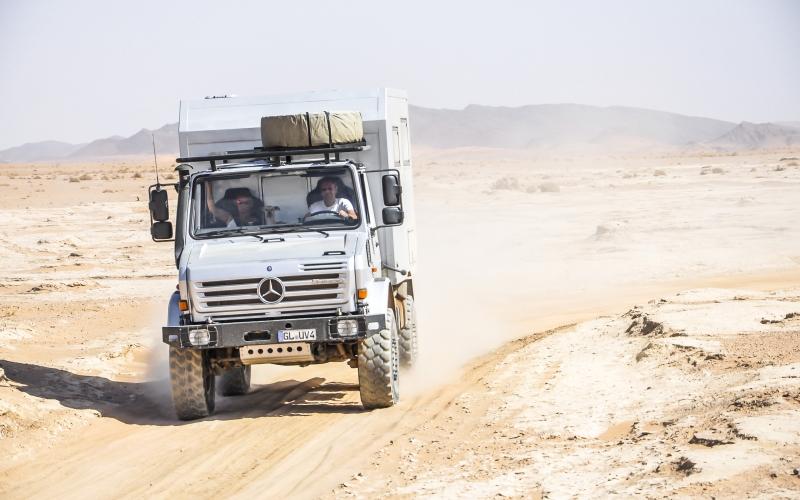 Unimog-U4000-Expeditionsfahrzeug