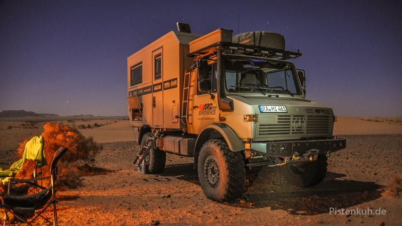 unimog_expeditionsmobil-night