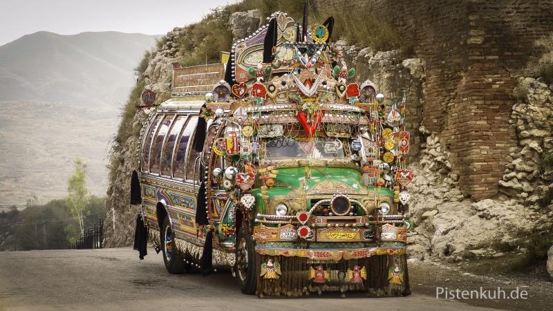 Pakistan-Bus-Verkehr