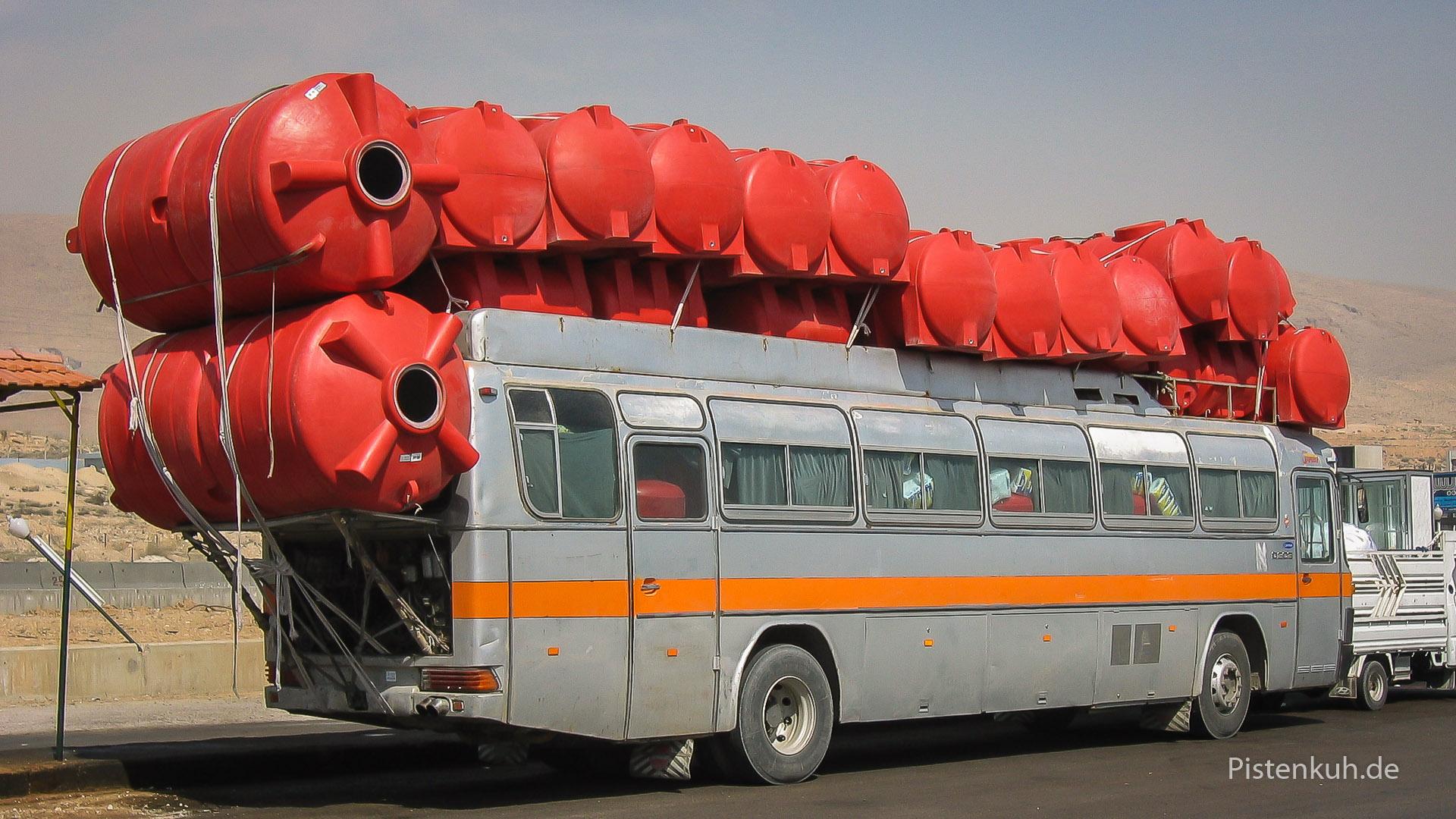 reisebus-ueberladen
