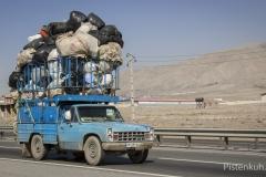 Verkehr-Iran-Ueberladen