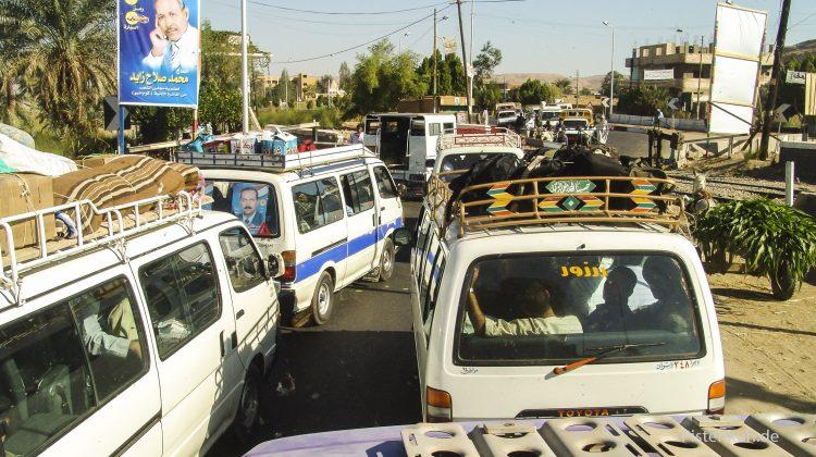 Konvoi in Ägypten auf der Nilstrecke