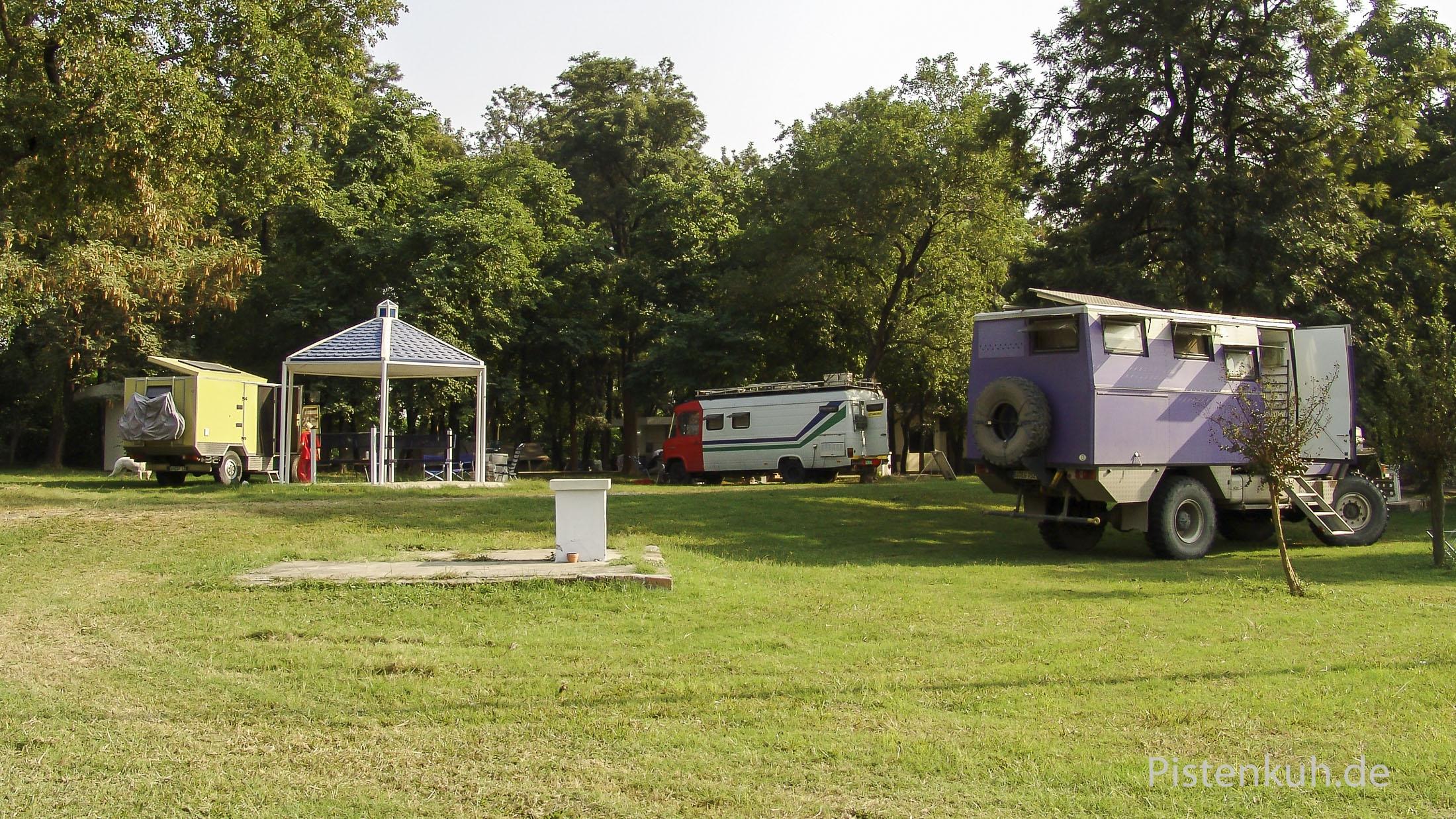 Foreigner-Tourist-Camp