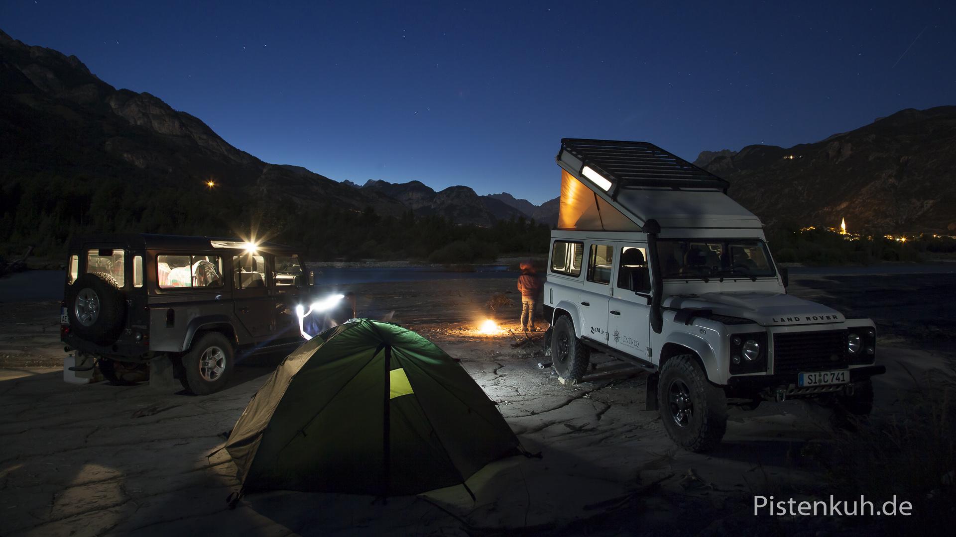 Land Rover Defender Nacht