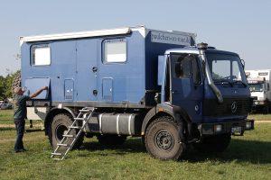 Expeditionsfahrzeug Mercedes 1017 A