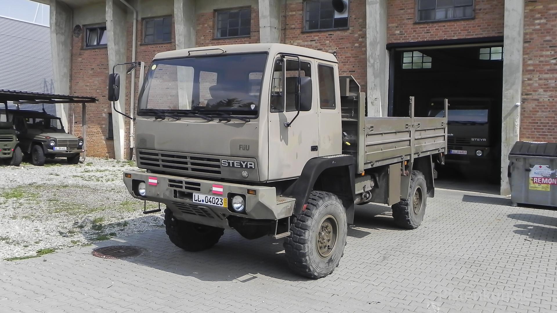 Militär Lastwagen