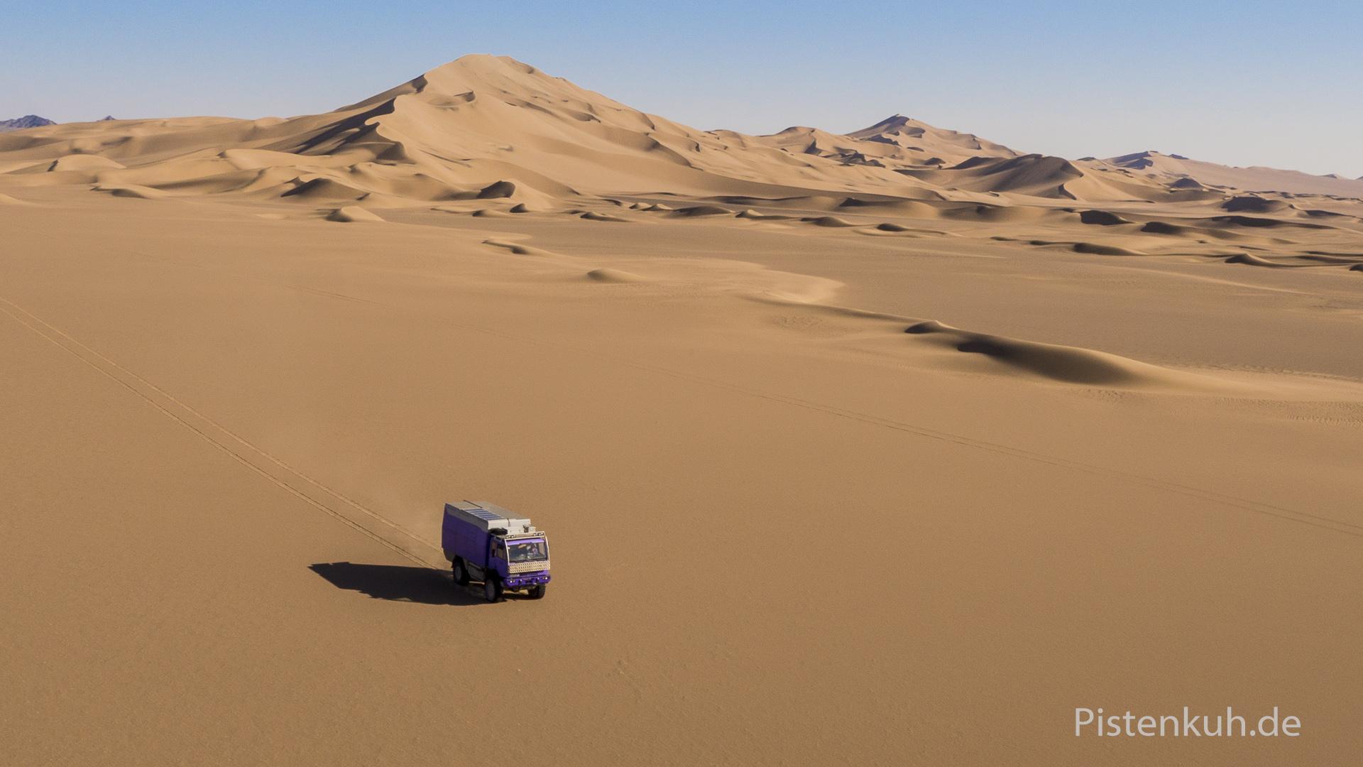 Sanddünen in der Wüste Lut