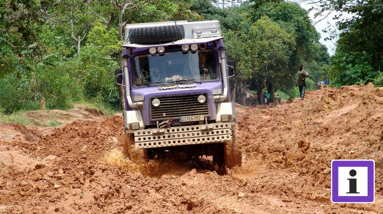Schlammpiste in Kongo