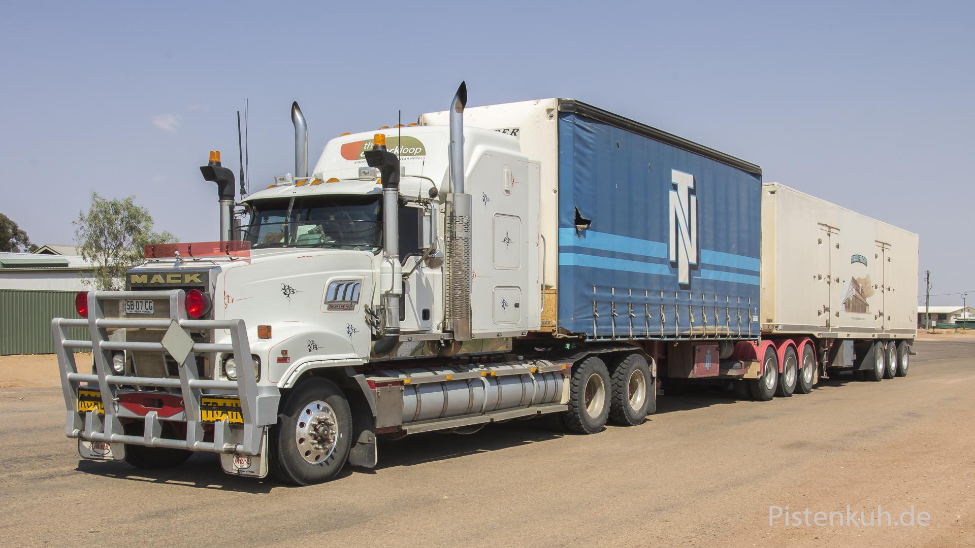 b-double-roadtrain-2