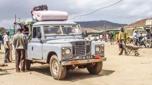 Land Rover der Massai