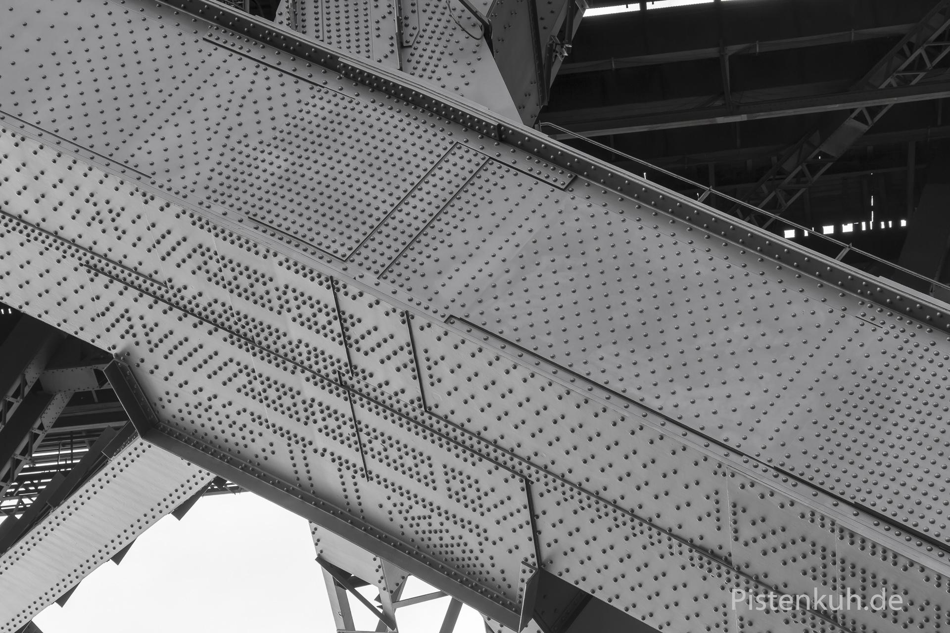 Nieten an der Harbour-Bridge