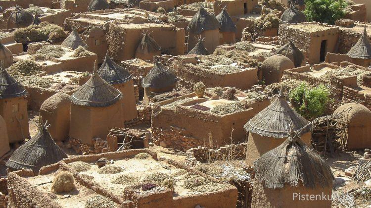 Land der Dogon: hier der Ort Sangha