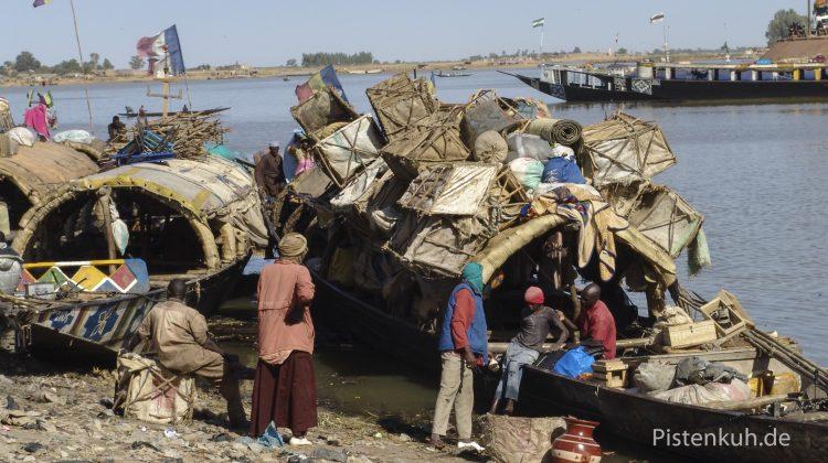 Der Fluss Niger ist die Lebensader in Mali