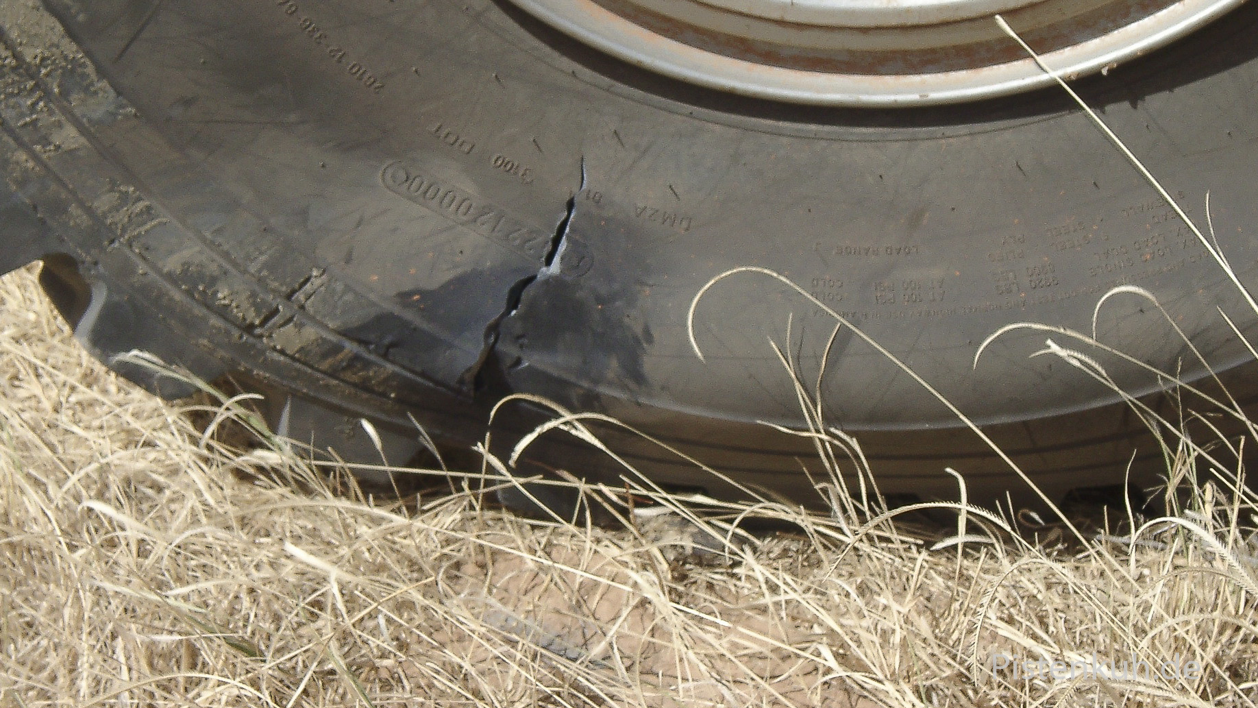Riss in der Reifenflanke - Nicht zu reparieren