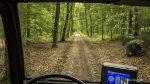 Offroad im Wald auf legalem Weg