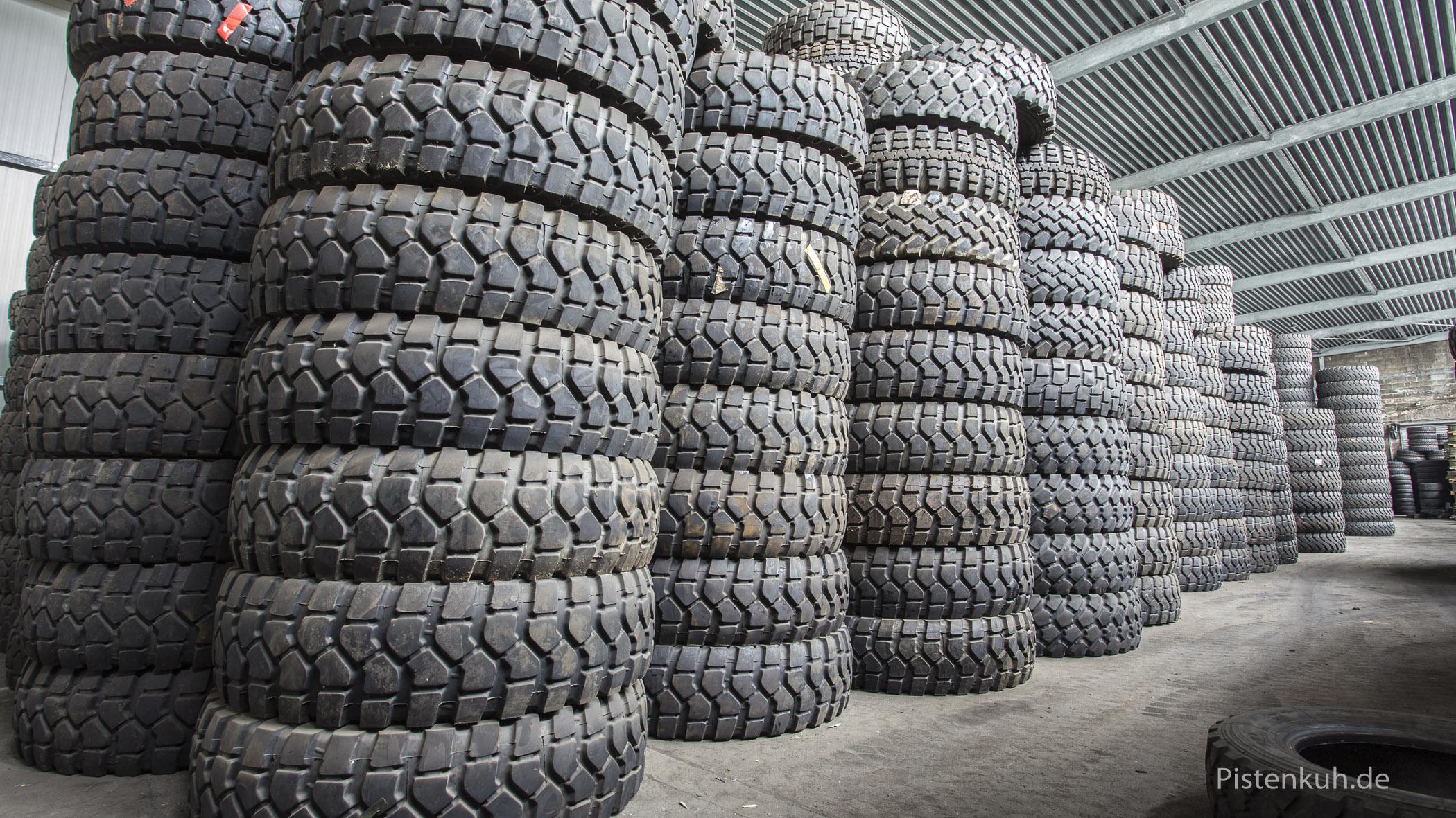 Reifenlager von Corint-Reifen