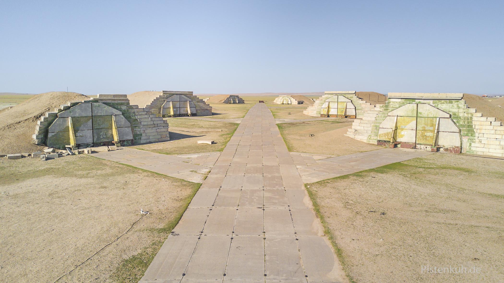 Bunkeranlagen auf dem Gelände der Bayental Airbase