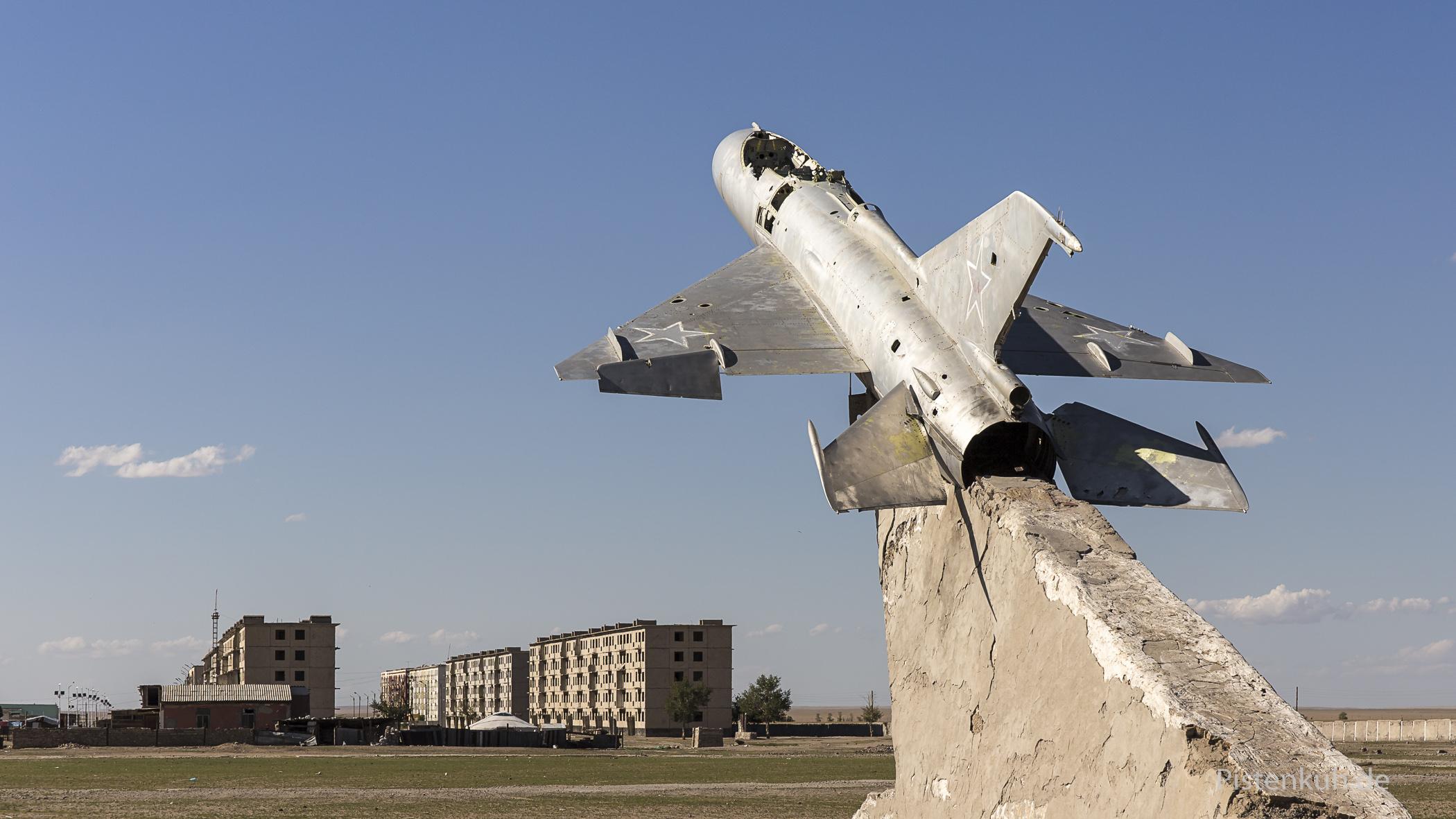 Mig21, eines der Überreste der Bayantal Airbase in der Mongolei