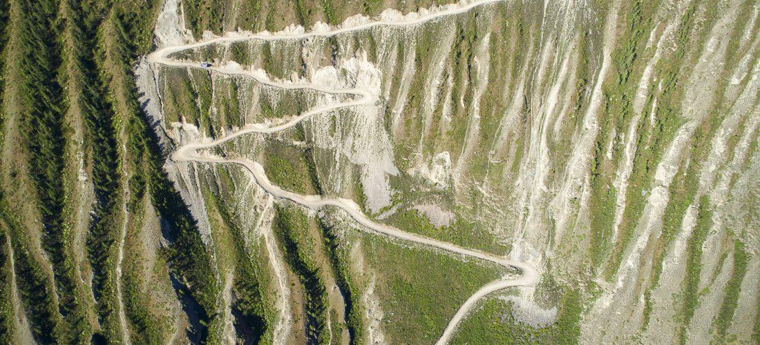 Dangerous Road: Kata Yaryk Pass in Russland
