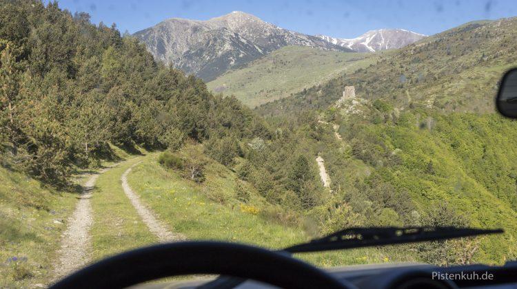 Abenteuerliche Pisten in den Pyrenäen