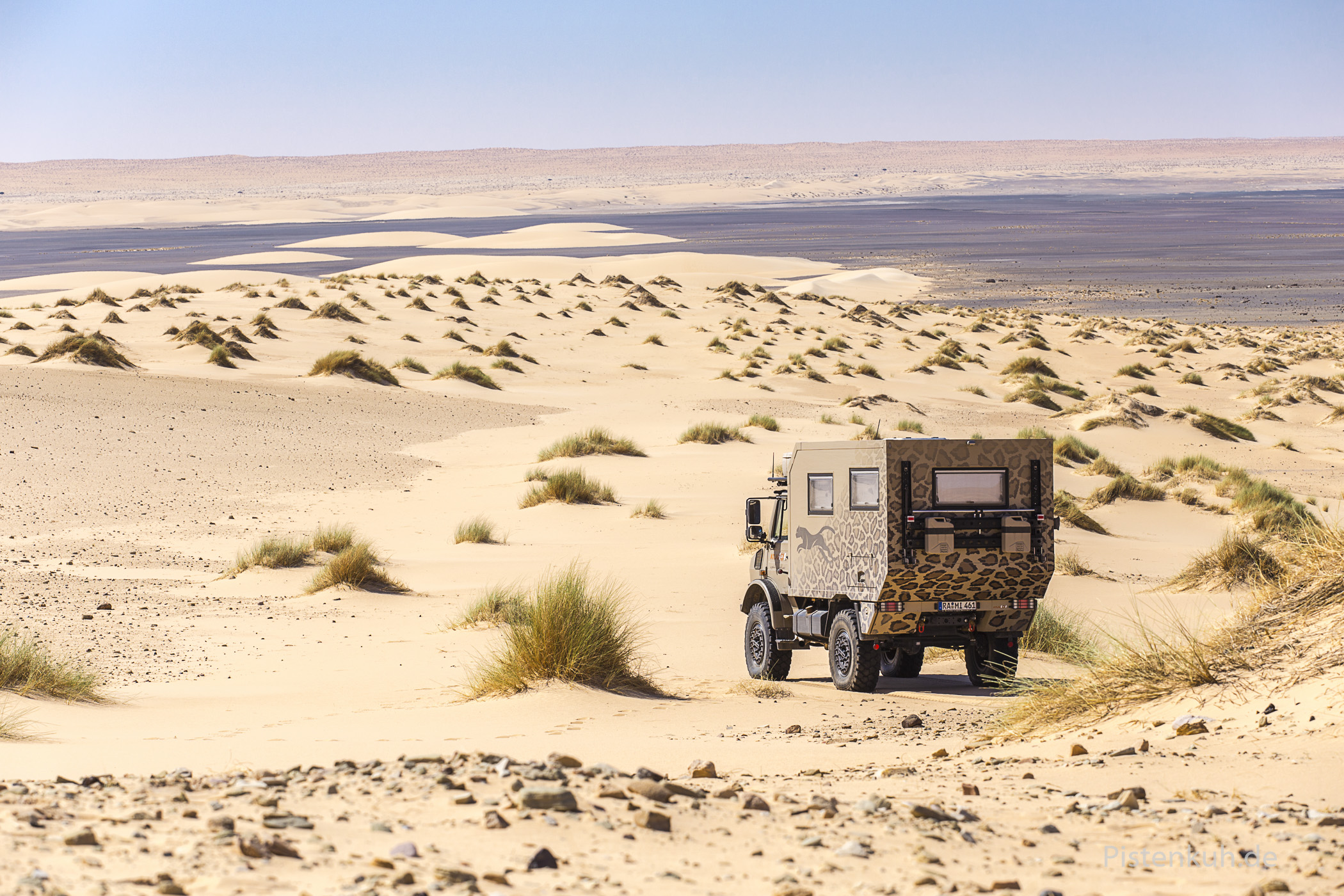 Unimog im Sand