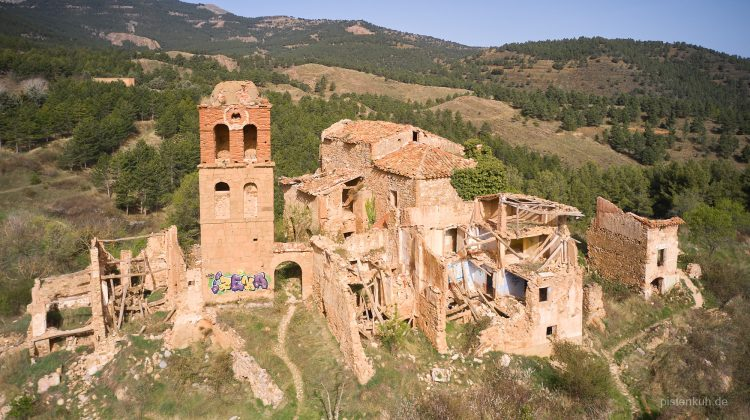 Geisterdorf Turruncun in Nord-Spanien
