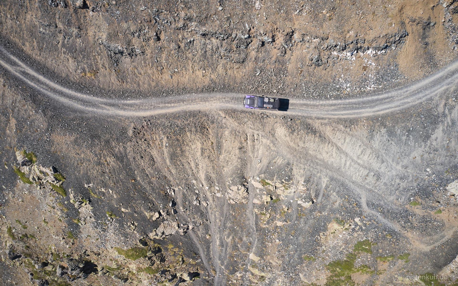 Offroadpiste in Felswand